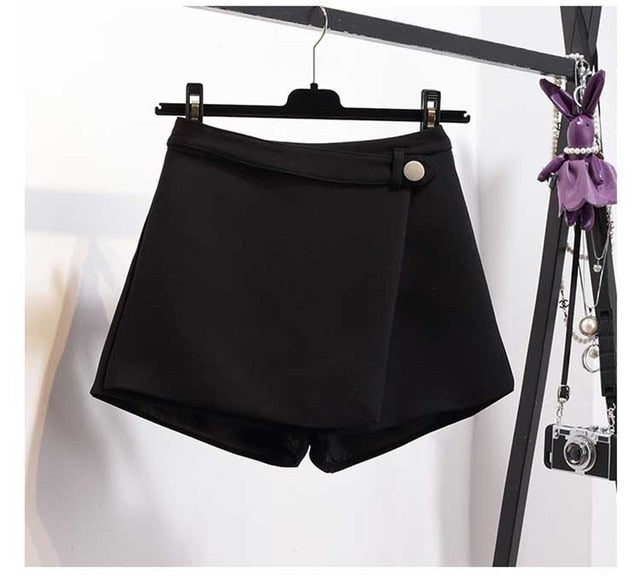 Irregular High Waist Slim Wide Leg Black Shorts For Women