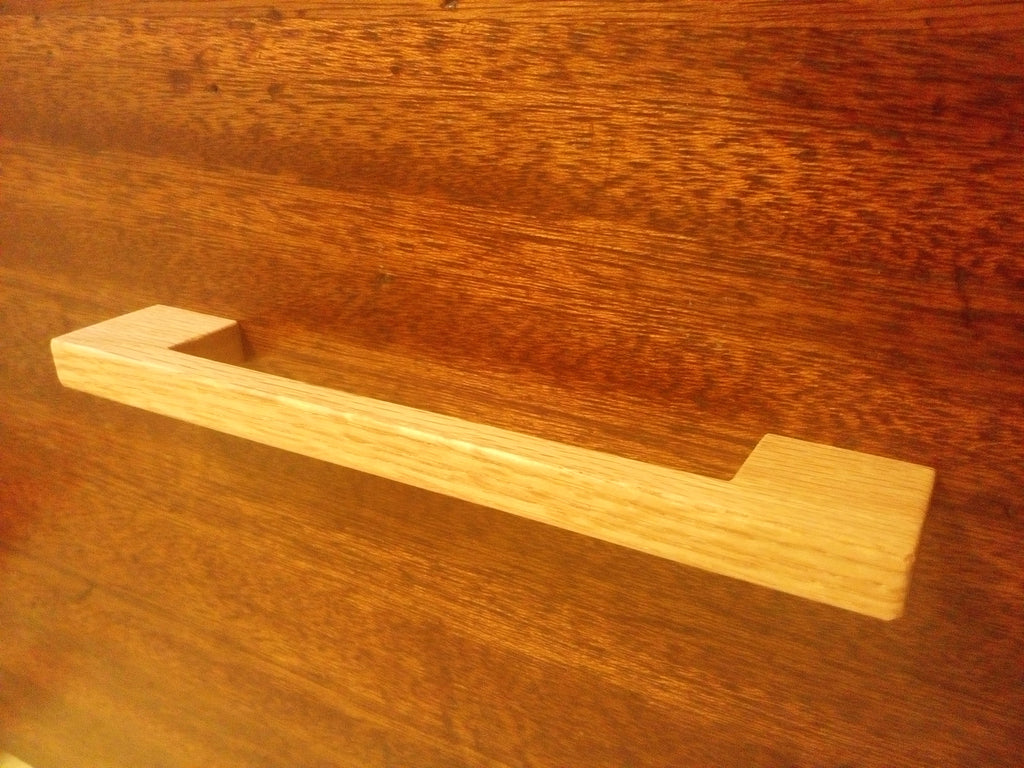 Contemporary Oak Wood Cabinet Pull