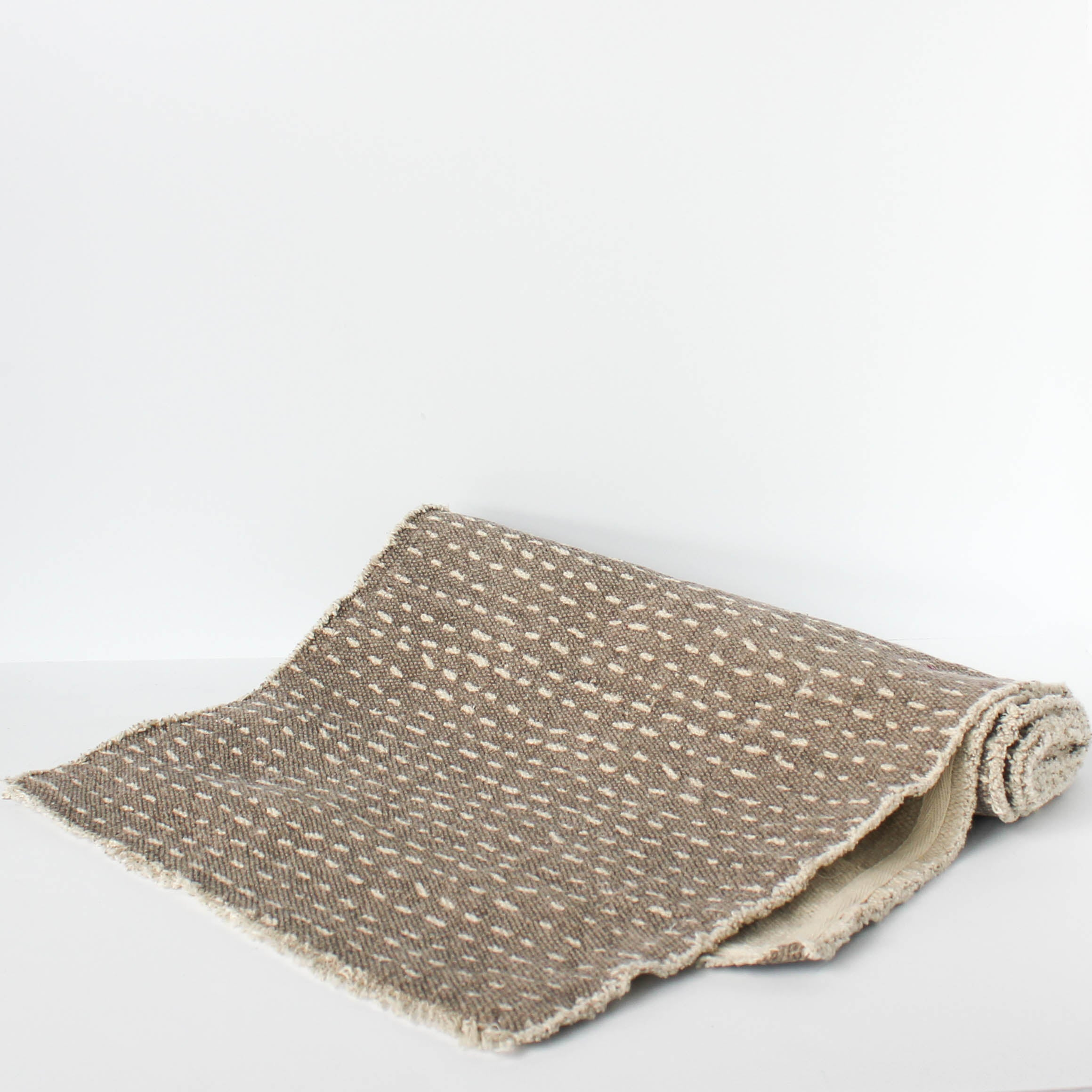 Dotty Table Runner