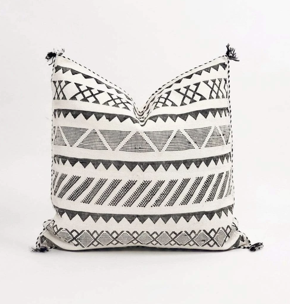 Rayan Pillow | Black + White