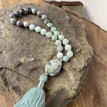 Load image into Gallery viewer, Amazonite-Agate Quarter Mala