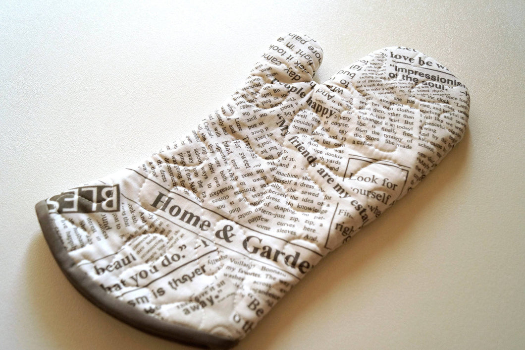 Quilted Fabric Oven Mitt with Grey Newsprint Pattern, Modern Kitchen Linens