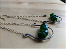 Load image into Gallery viewer, chrome diopside horseshoe earrings