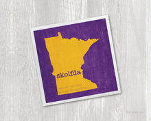 Load image into Gallery viewer, Skolfda Magnet - Minnesota Purple and Gold