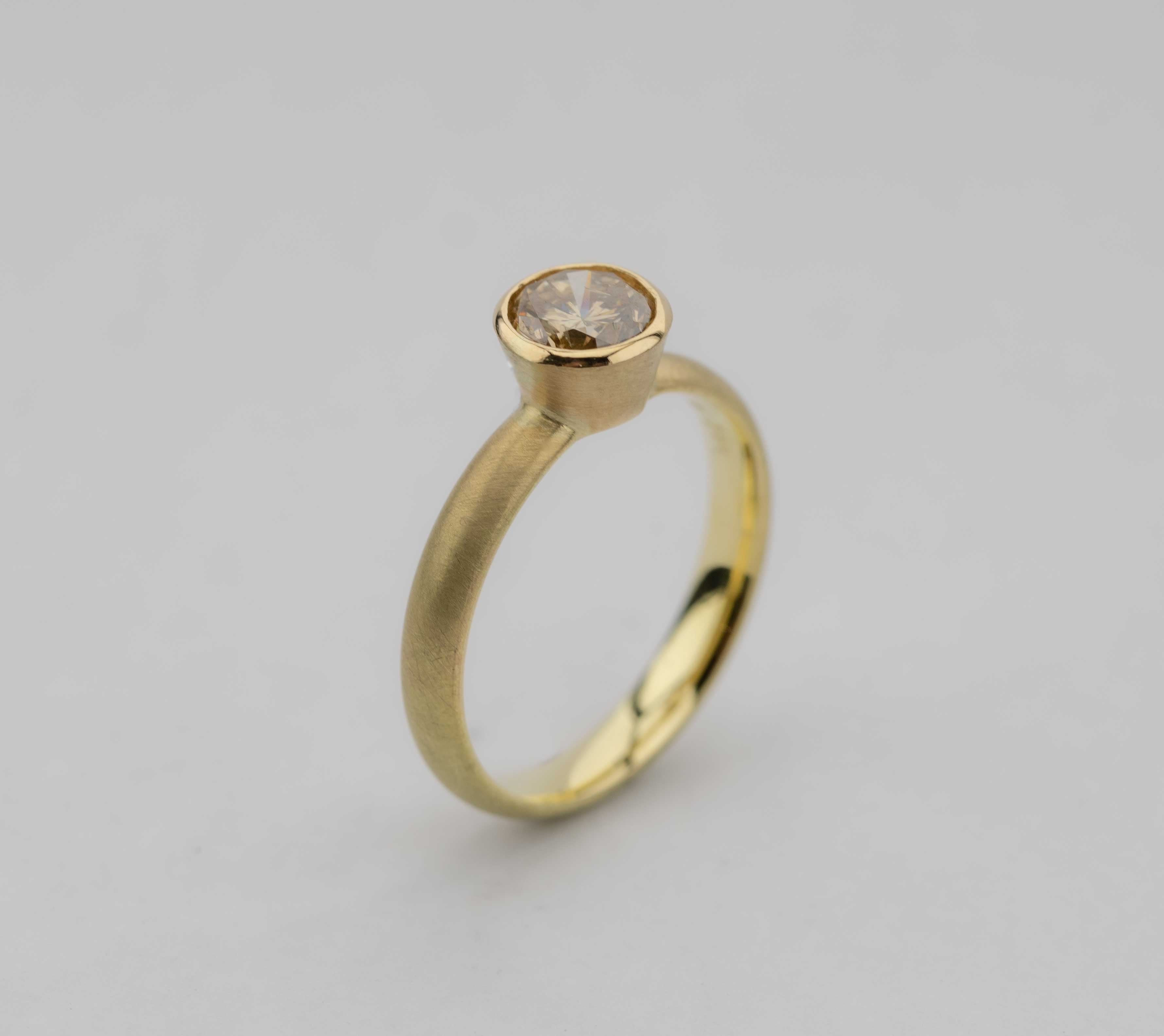 Ring Brillant (cognak) & Gold