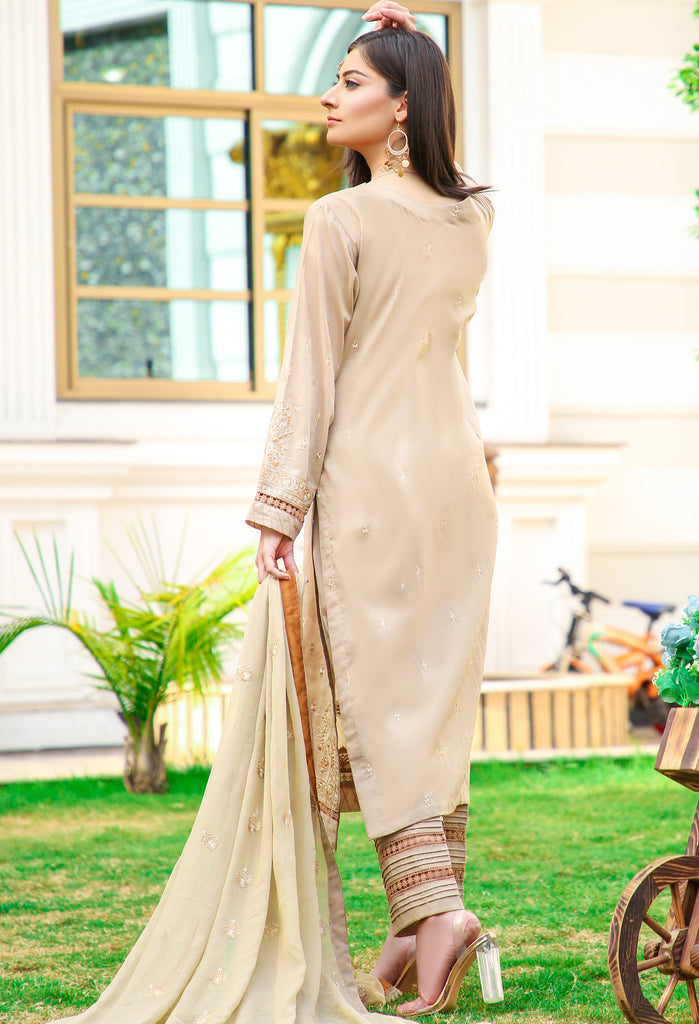 DH-016 - Embroidered Lawn Unstitched