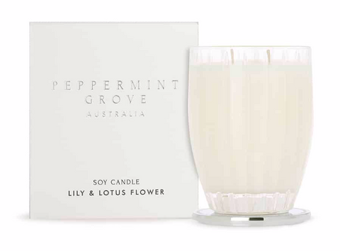 LILY & LOTUS FLOWER LARGE CANDLE 350g