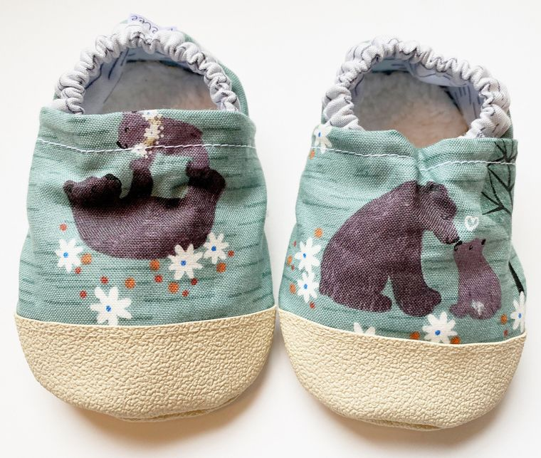 Bear soft baby shoes 3-6m