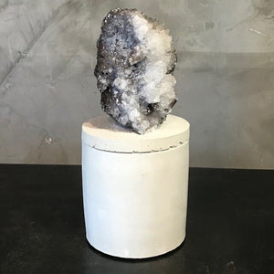 QUARTZ & CALCITE CLUSTER LID CANDLE
