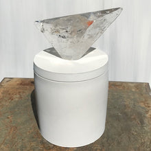 Load image into Gallery viewer, Geometric Polished Quartz Lid Candle