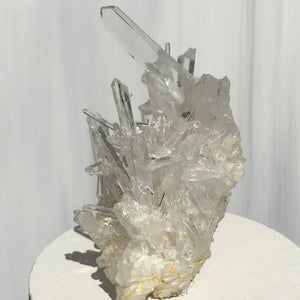 Intricate Quartz Crystal Cluster Lid Candle