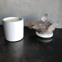 Load image into Gallery viewer, Smoky Quartz Cluster Lid Candle