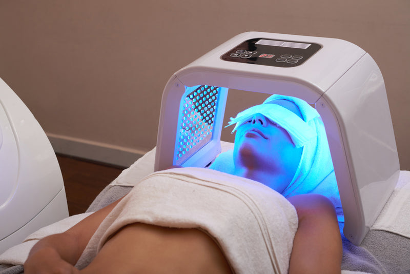 LED Light Rejuvenation Facial