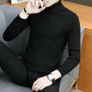 In the fall and winter of 2020 the new pure color with thick round collar of recreational men's clothing sweaters in winter