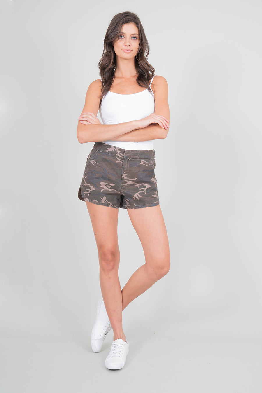 Level 99 Helen Trouser Shorts in Commando