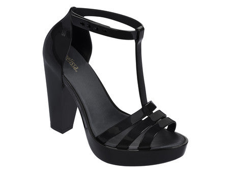Melissa Dreamy Pump in Black