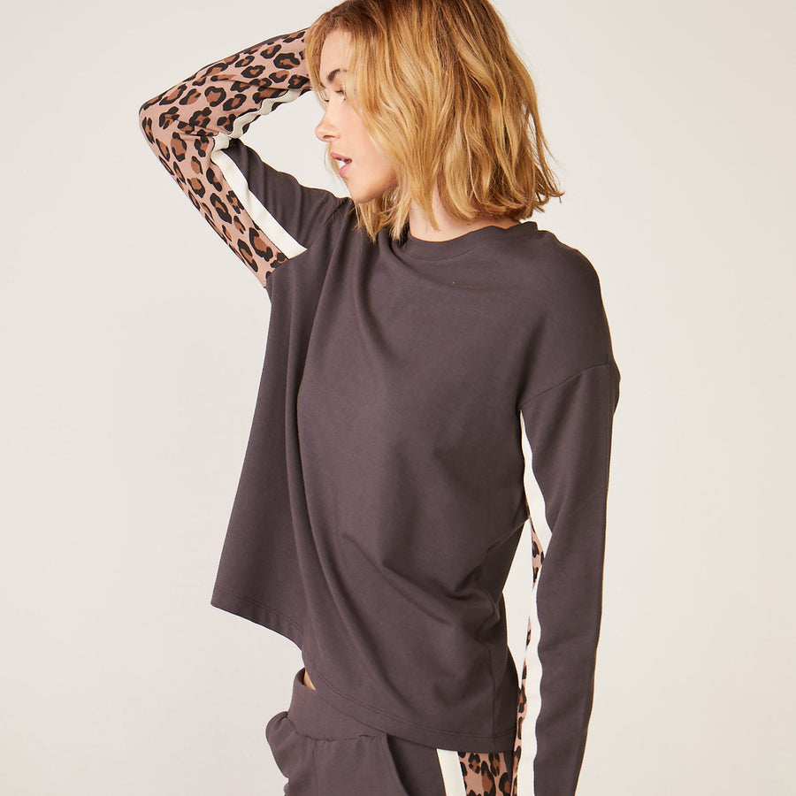 Monrow Paneled Leopard Top
