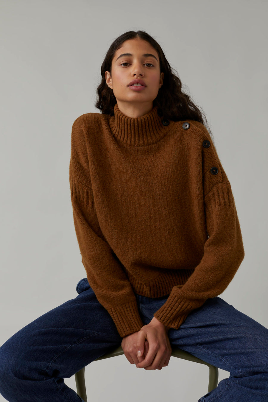Closed Turtle Neck Sweater