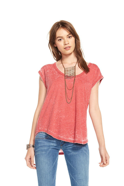 Chaser scoop neck tee - Estilo Boutique