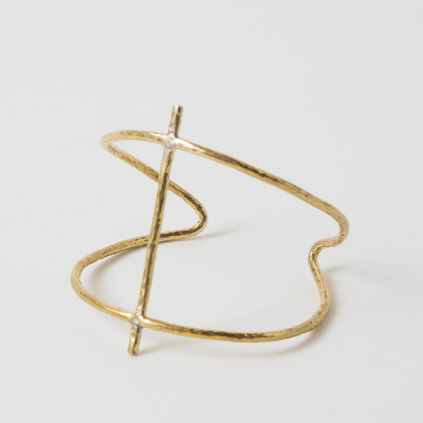 Soko Cross Hammered Cuff - Estilo Boutique