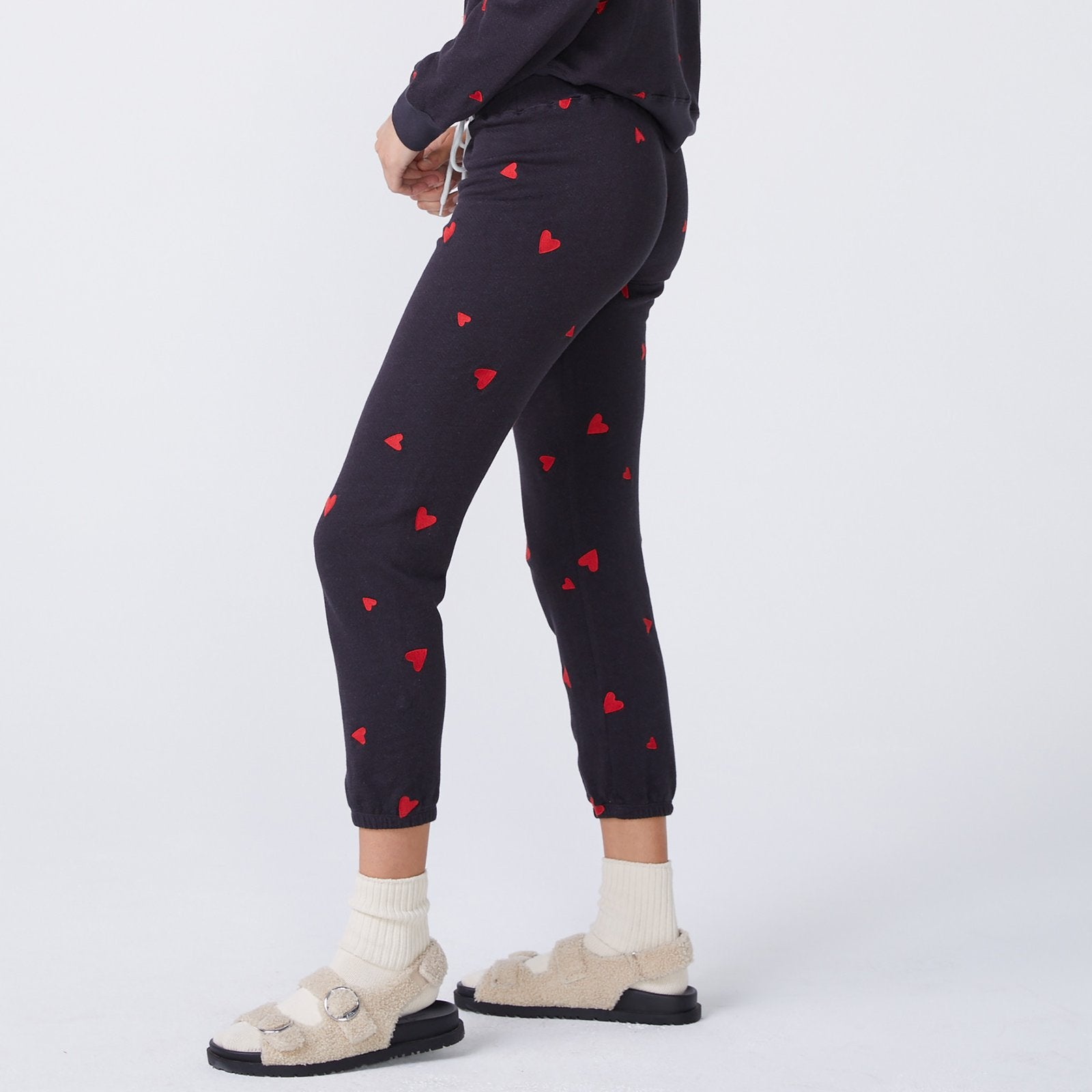 Monrow Embroidered Heart Sweatpants