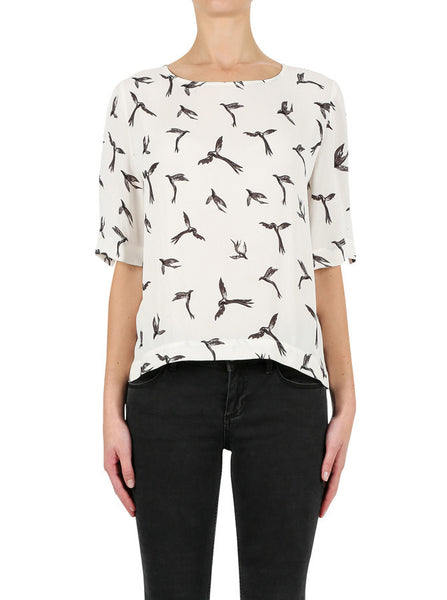 Luxe Deluxe Let Fly Top in White