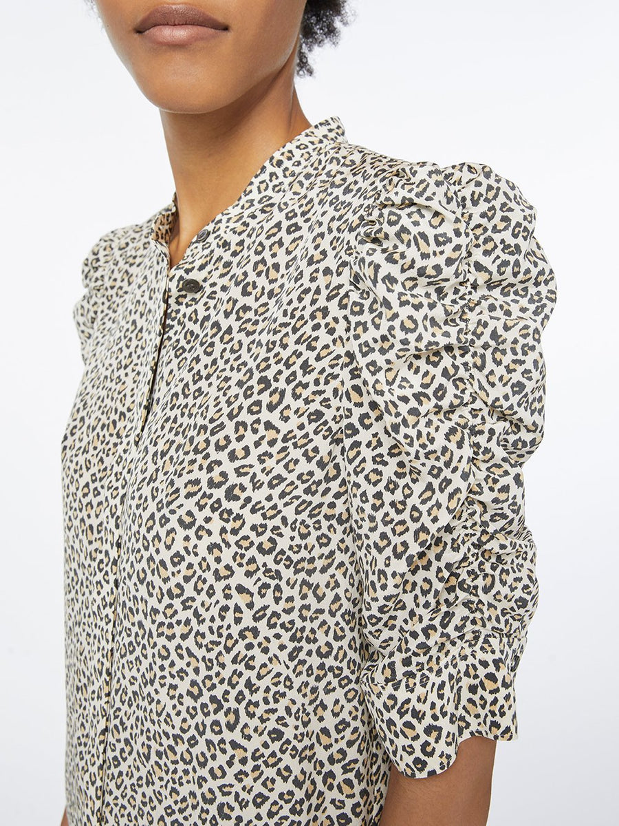 Frame Shirred Short Sleeve Leopard Top