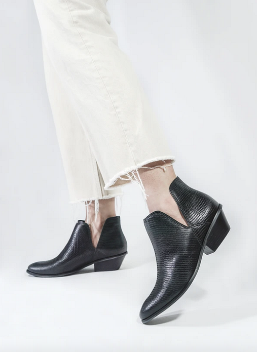 Kaanas Campania Black Booties