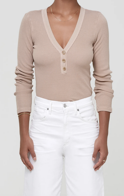Citizens of Humanity Scarlett Ribbed Top in Nougat