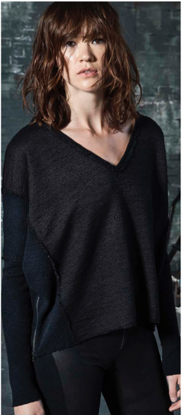 Heather Thermal Panel V Neck Pullover
