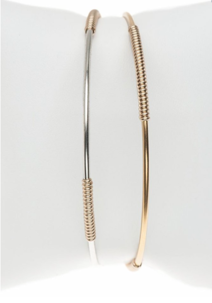 Bloom Skinny Bangle in Gold
