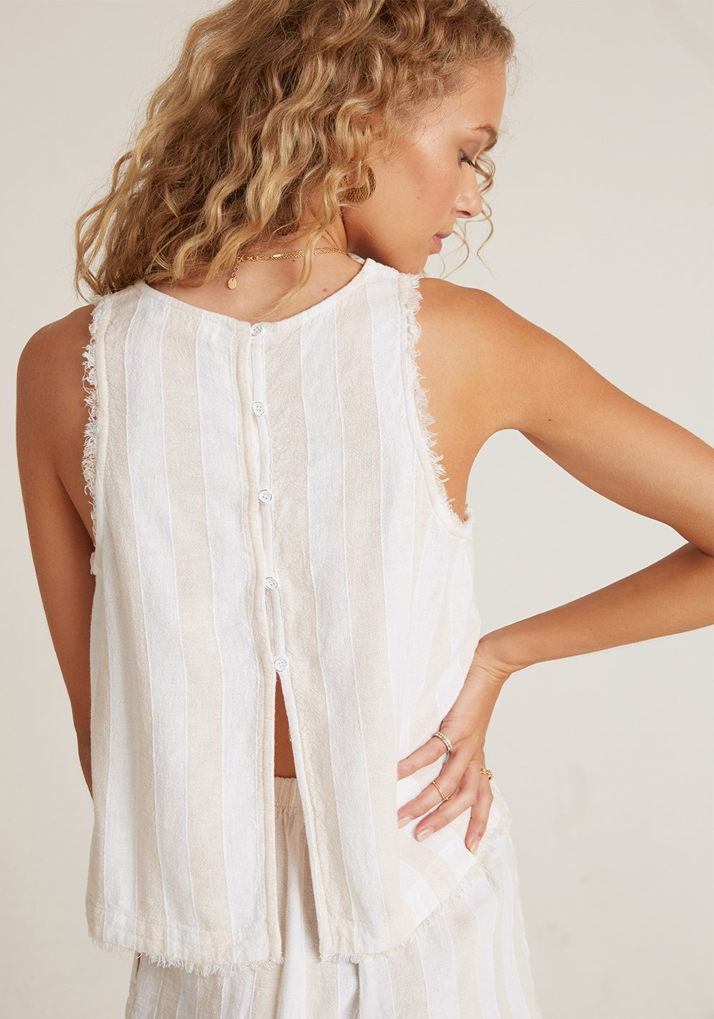 Bella Dahl Fray Swing Button Back Top