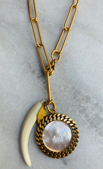 Nicole Romano Chain Framed Mother of Pearl Medallion Chain Necklace
