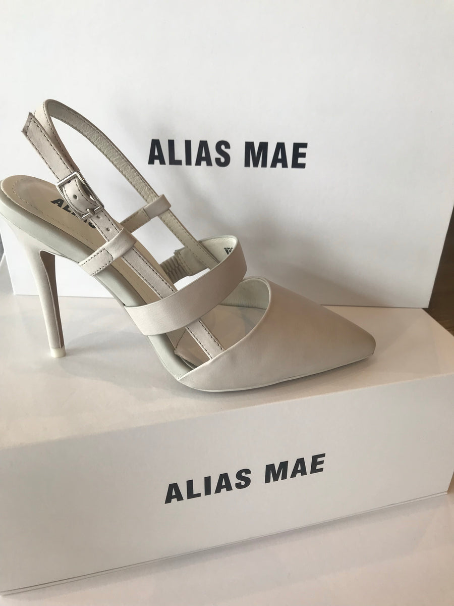 Alias Mae Tyla in Light Grey