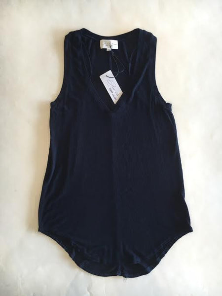 Feel The Piece Lilith Navy V Neck Tank - Estilo Boutique