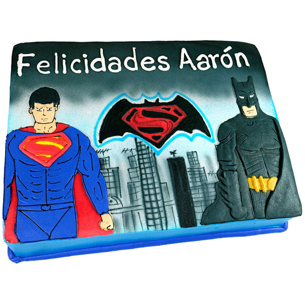 Pastel Batman v Superman Ciudad
