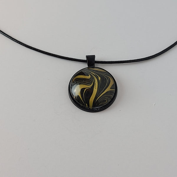 Black and Gold Round Pendant