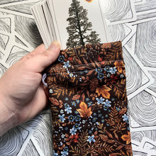 "Load image into Gallery viewer, ""Fantastic Fall"" Tarot Card Bag"