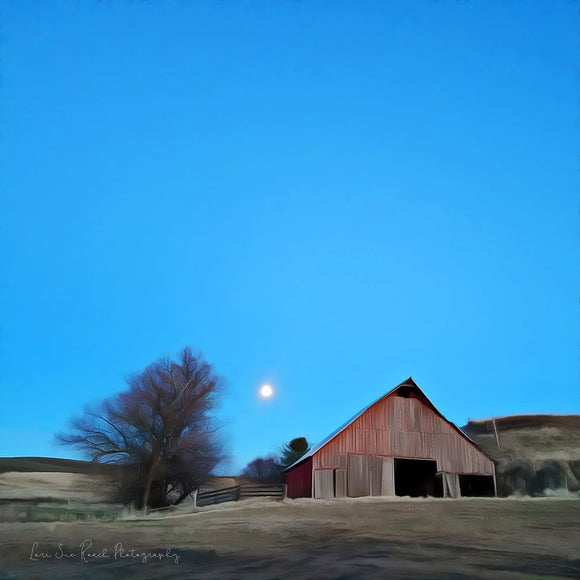 Palouse Barn by Moonlight