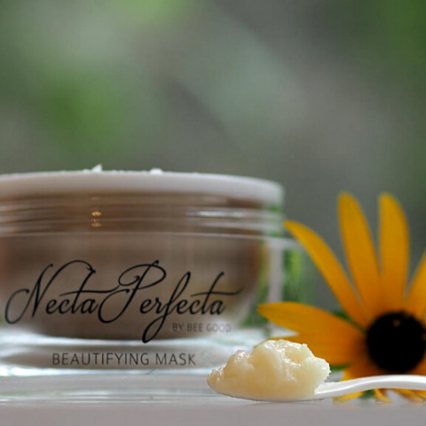 Necta Perfect Beauty Mask in a jar, sunflower and scoop of product