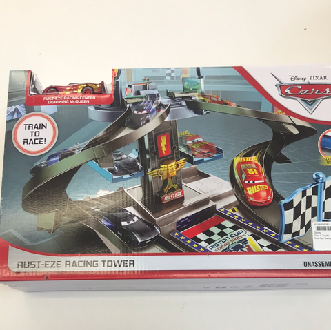 Race Track Disney Cars Rust-Eze Racing Tower