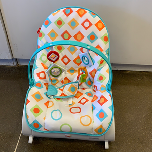 New Infant to Toddler Rocker Bouncer Fisher Price