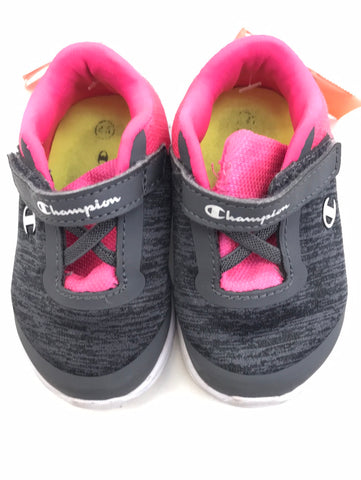 Girls Champion Shoes 4