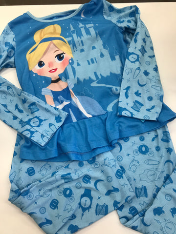 10 pajamas Disney Store 2pc