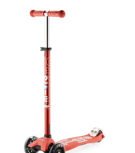 Micro Maxi Deluxe Scooter: Red