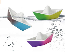 Load image into Gallery viewer, Origami Color-Changing Boats