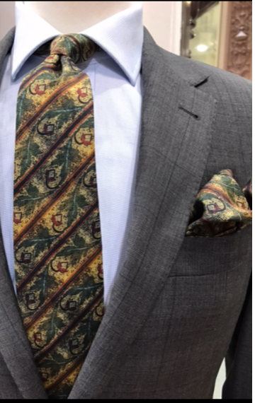 'Acorn Mosaic'  100% Silk MENS tie set