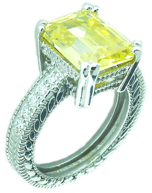 Filegree Ring 3Ct Emerald Shape Cz