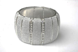 Large Hinged Bangle