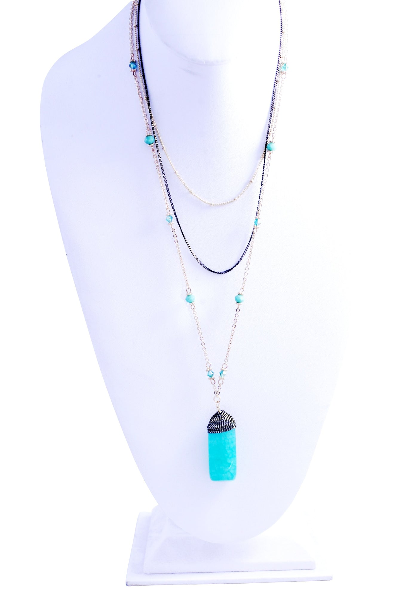 Gold and Hematite Multi Chain bead station necklace set with a dangling agate natural stone dyed pendant 687S6025
